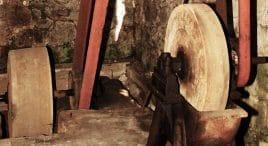 Holz schleifen - alte Holzschleiferei