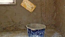 Eine Wandverputzen mit Lehmputz