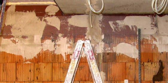 Eine Wand Mit Kalk Verputzen Heimwerker Tipps - Fliesen verputzen schritt für schritt