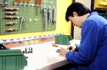 werkzeug aufbewahren heimwerker tipps. Black Bedroom Furniture Sets. Home Design Ideas