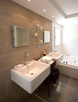 Kleines Bad - Große Fliesen | Kleines Badezimmer Fliesen