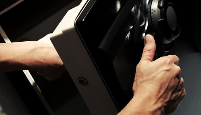 Wertsachen Geld Sicher Verstecken Heimwerker Tipps