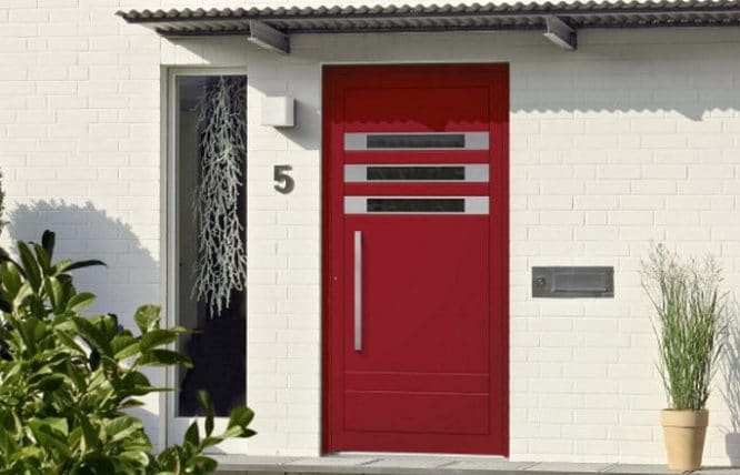Schlüsseldienst wenn die Tür fest verschlossen ist.