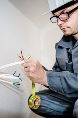 Kennen Sie die Farben der Kabel? - Im Zweifelsfall nachlesen