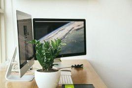 Computer Arbeitsplatz im Büro