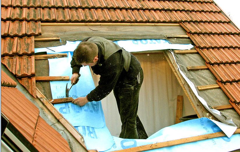 Dachfenster einbauen vom Dach aus