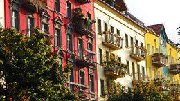 Schön aussehen tun sie ja die Balkone