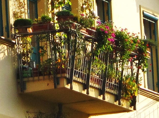 Schöner alter Balkon