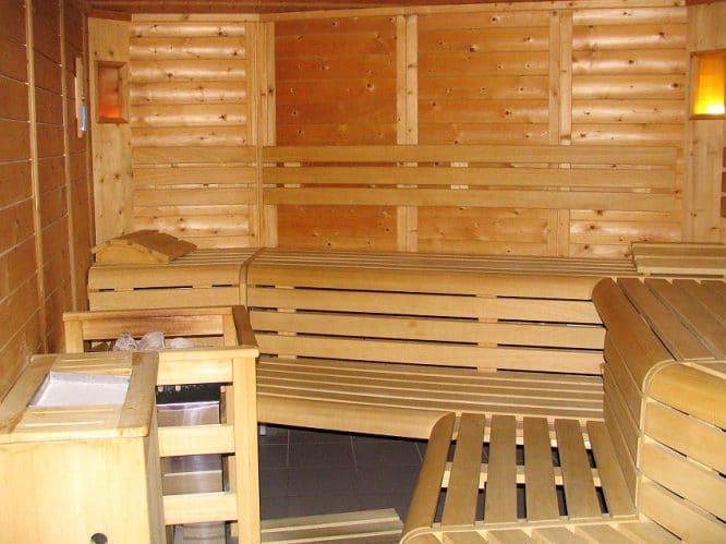 Sauna einrichten - vorzugsweise mit Lärchenholz