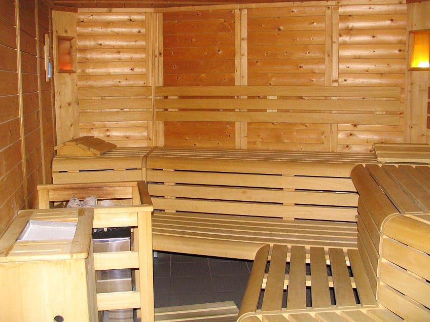 warum nicht einfach die sauna selber bauen heimwerker tipps. Black Bedroom Furniture Sets. Home Design Ideas