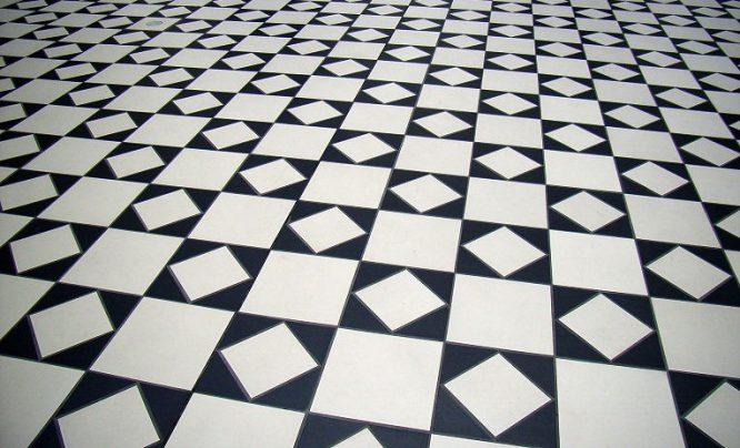 Steinfliesen in Schwarz Weiß Muster