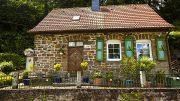 Ein Altes renovierungsbedürftiges Haus wieder zu einem kleinen Schmuckstück gemacht