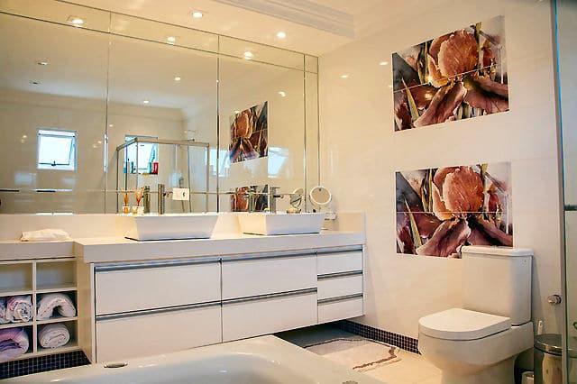 Die Beleuchtung im Bad sollten Sie sehr sorgfältig planen.