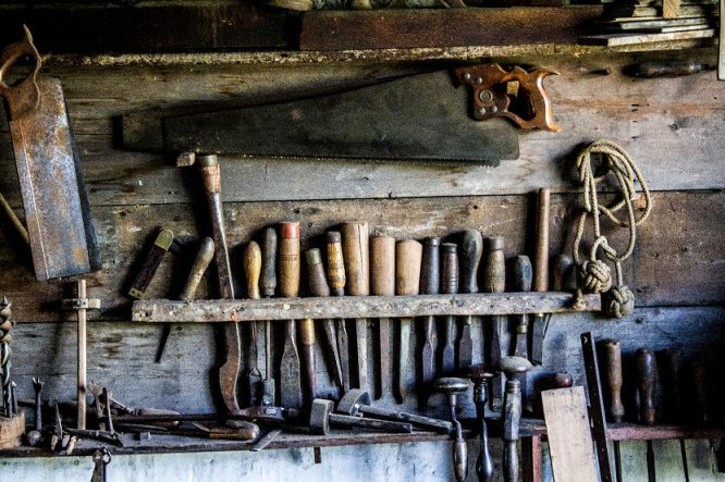 Eine Werkzeug-Wand in der Hobbywerkstatt