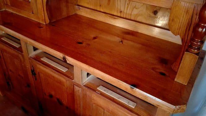 DIY Ideen Möbel: Eine alte Küche frisch ölen.