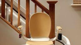 Behindertengerechtes Bauen: Treppenlift einbauen