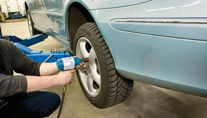 Druckluftwerkzeuge: Schrauber für schnelles Wechseln von Reifen