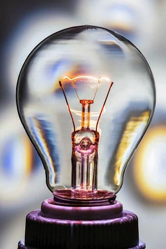 Lichtquelle - traditionelle Glühbirne