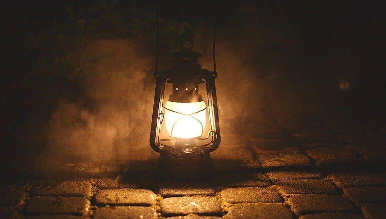 Licht am Arbeitsplatz im Freien? Vor 200 Jahren noch besser als ganz im Dunkeln tappen.