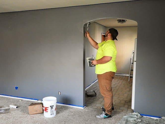 Eigenleistungen beim Hausbau - für ungeübte zum Beispiel: Wände streichen