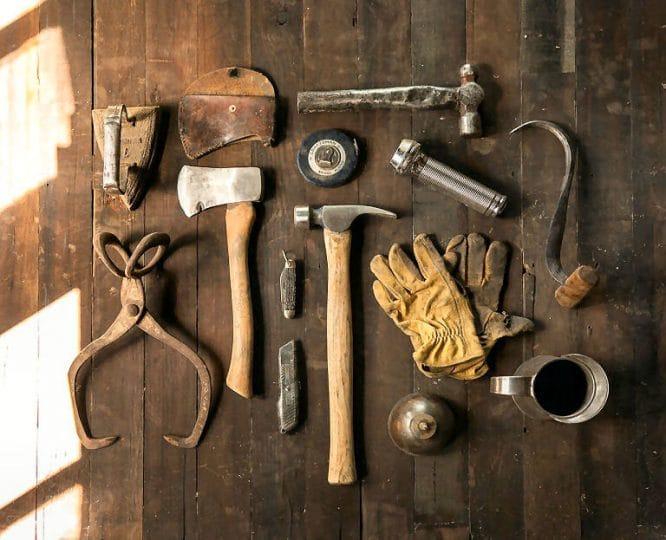 Mancher Werkzeugprofi baut sich sogar sein DIY Werkzeug selbst.