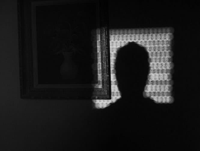 Rollladen Licht und Schatten Spiel
