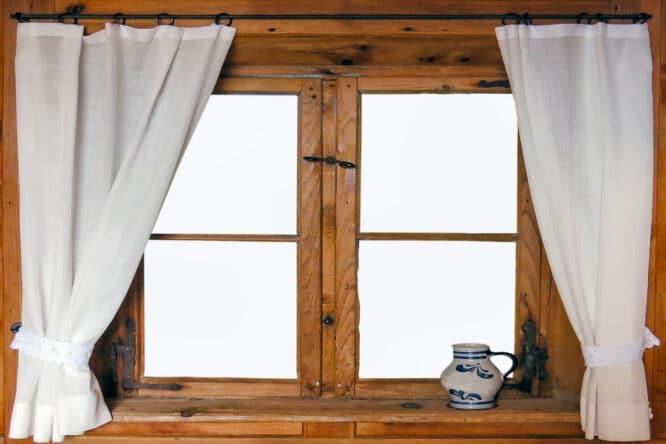 Holzfenster sind nicht nur angenehm wohnlich, sondern haben viele Vorteile.